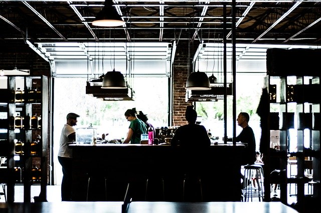 How does a Restaurant Marketing plan help you get customers